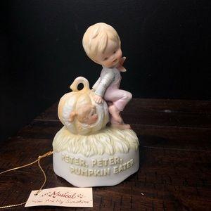 Gorham Peter pumpkin musical figurine vintage